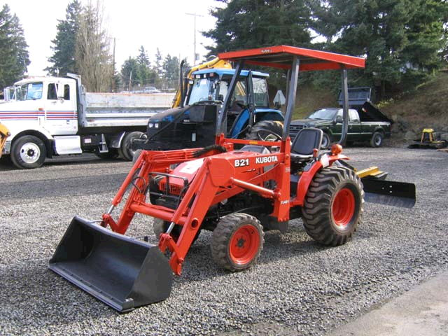 Where to find Tractor, w Grading Blade 21hp in Langley